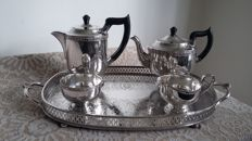 viners of sheffield mint condition a1 silver plated tea service+tray epb made in england.