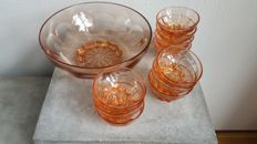 Pink glass bowl set/pink glass, marked ' made in France ' (Arcoroc style).