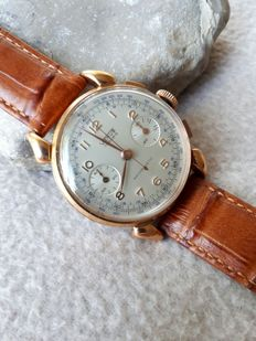 VENUS Fancy Lugs Chronograph Men's Watch - 1960 / 70