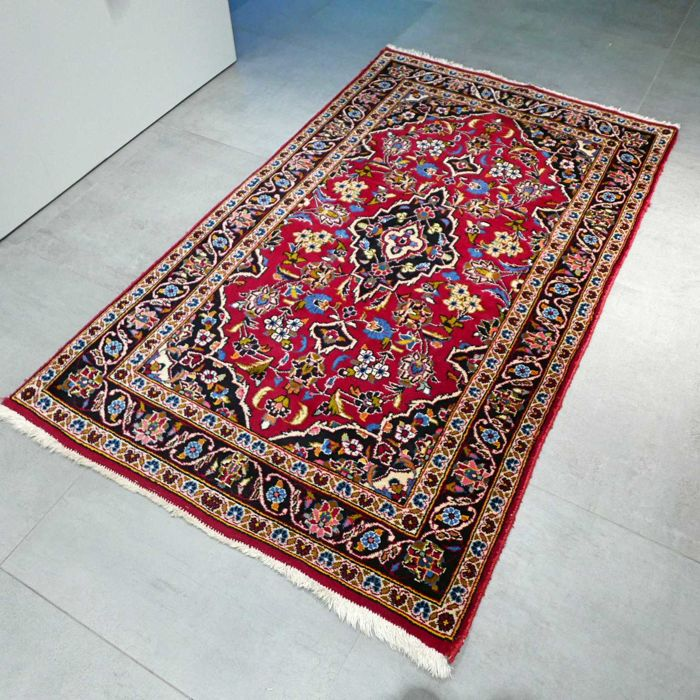 Beautiful Keshan Persian rug - 168 x 98 cm