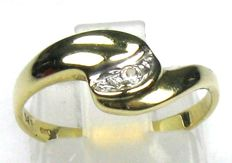 Diamond ring 14 kt / 585 yellow gold ring – size 53 / 16.8 mm