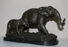 After Antoine Bofill (1895 - 1925) - Bronze elephants, 20th century