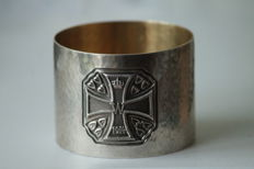 Very Rare WW1 Treasure - Pure Silver German Officer's Napkin Ring / Silver hallmark signed / 1914 - 1917!