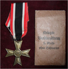 War Merit Cross 2nd Class without swords with ribbon and bag