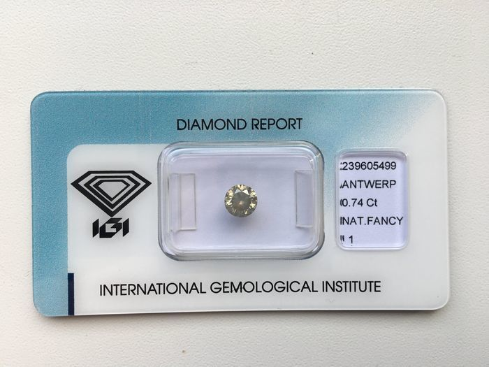 0.74 ct Brilliant Cut Diamond, Fancy, Grey-Yellow VG/G/G I1