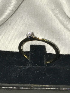 14 kt gold ring with diamond, 0.05 ct, size 54