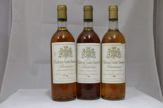 1975 Chateau Saint-Amand, Sauternes, France, 3 Bottle, 0,75L.