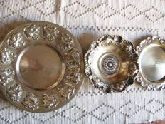 3 Beautiful platters - 19th and 20th centuries - silvery metal.