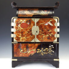 Lacquerware miniature jewelery cabinet (kodansu) - Japan - Late 19th century