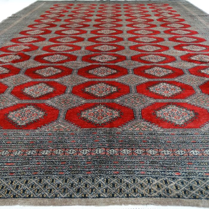 "BUKHARA – Pakistan – 377 x 277 cm – ""Extra Large Oriental rug – Finely knotted"" – Second half previous century."