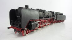 Roco H0 - 04119B - Steam locomotive with tender BR01 of the DB