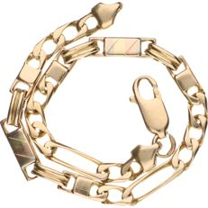 14 kt yellow gold link bracelet with cutaway links and tri-colour smooth links - Length 20.3 cm