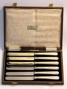 Silver set of six knives with stainless steel blades - Barker Bro's - Sheffield - 1948