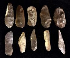 Mid-Paleolithic lot of ten  artifacts  -  72 / 66 / 60 /  70 /  64 / 65 / 54 / 59 / 58 / 66 mm  (  10 items )
