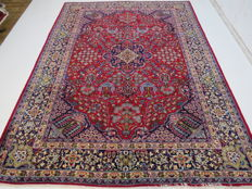 Wonderful beautiful Persian carpet vintage Isfahan / IRan 380 x 280 cm top quality top clean vintage Oriental carpet