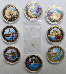 Australia – various medallions 2010 (8 pcs) with colour + 50 gold nuggets from Alaska (50 pcs)