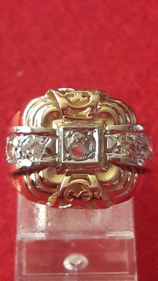 Art Deco ring with diamonds of approx. 0.62 ct in total