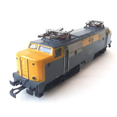 Märklin H0 - 3055.1 - E-loc 1200 series of the NS, no 1212 with yellow nose and divided grids