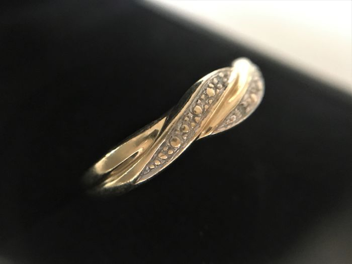 14 kt Gold fantasy ring, brilliant cut diamond - 17 mm (can be resized)