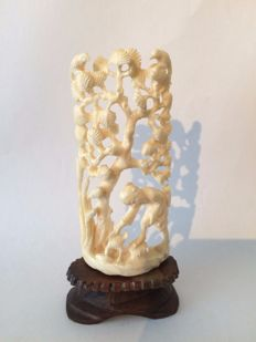 Nice Chinese ivory carving of a man standing in a stream under a tree with birds - China - early 20th century