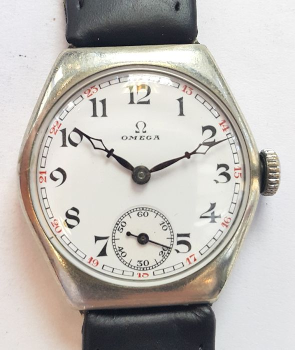 Vintage ladies wrist watch Omega - Switserland around 1920s
