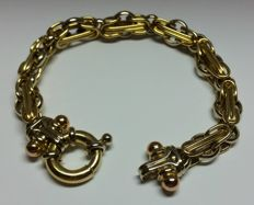 Women's bracelet in 18 kt yellow, white and rose gold Weight: 23.14 g - Length: 19 cm
