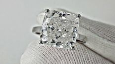 7.11 ct  cushion diamond ring made of 14 kt white gold - size 7