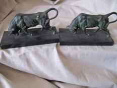 lot of two bulls in zamac babbitt on marble, France, 20th century