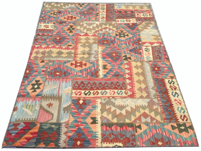 Different Pieces Hand Knotted Patchwork Kilim Carpet Area Rug 186 cm x 123 cm