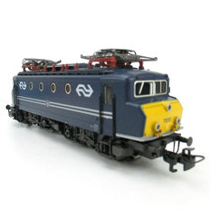 Märklin H0 - 3327 - Electric locomotive Series 1100 of the NS No. 1135