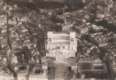 Year 1925 - Altare della Patria and the Capitol seen from an airship