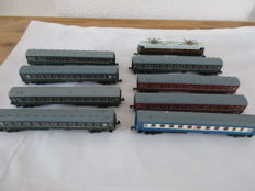 Piko N - 9-piece express train with e-locomotive and 8 passenger wagons of the CCCP