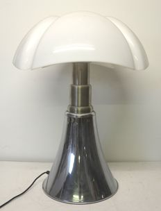 Gae Aulenti for Martinelli luce – Table lamp – Pipistrello model 620