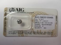 0.95 ct Round Brilliant Cut diamond E SI3