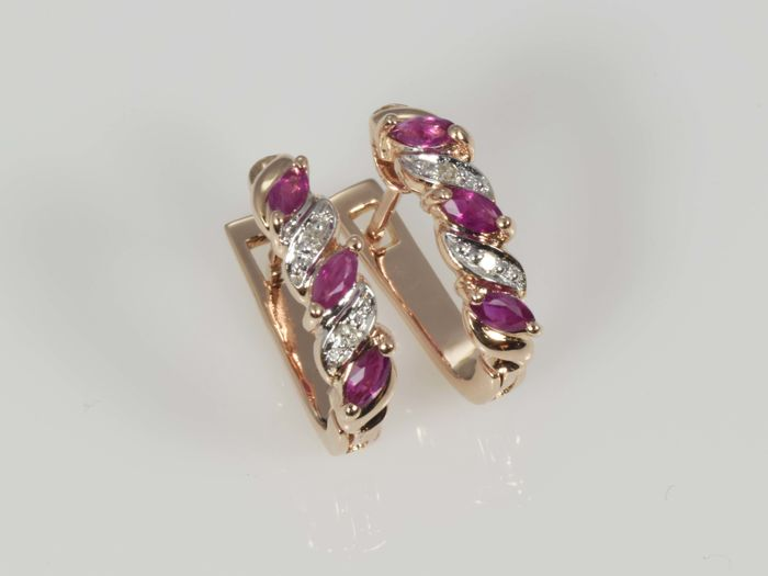 14 kt gold. Earrings with diamonds and rubies. No reserve price.