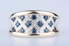 Ring 18 kt white/yellow gold 14 sapphires approx. .70 ct total.