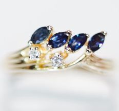 Ring in 14 kt yellow gold in good condition, with 0.44 ct of sapphires and 0.06 ct of diamonds.