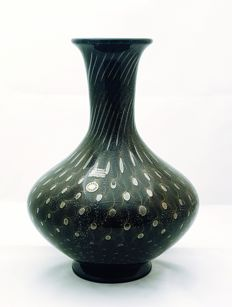 Paolo Rubelli - black vase with gold bubbles