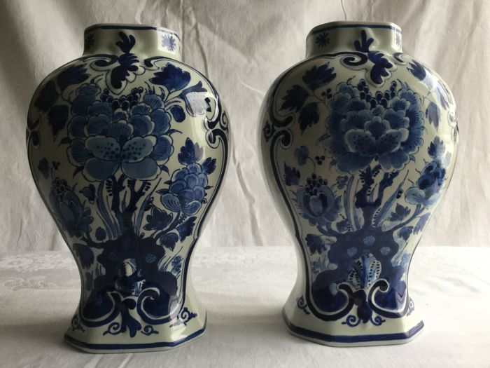 Porceleyne Fles - Two large vases - In very good condition