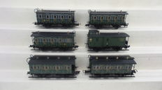 Trix H0 - 3717/3716/23727/23727/3600 - Set with 6 Bavarian wagons, including luggage wagon of the KBSB