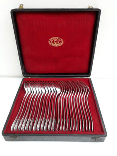 Christofle cutlery - 12 persons24 items - France hallmark 1880