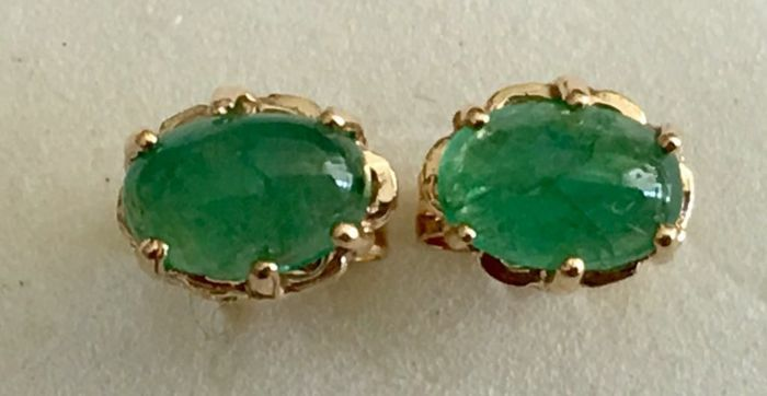18 kt/750 yellow gold earrings with emeralds – Earring length 15 mm
