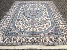 Persian NAIN Oriental carpet with COA – approx. 340 x 245 cm – 20th century