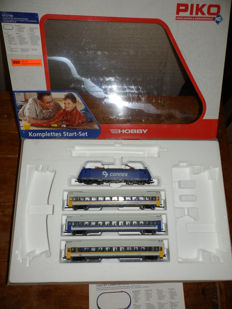 Piko H0 - uit 57180 - E-locomotive BR185 with 3 carriages of Connex