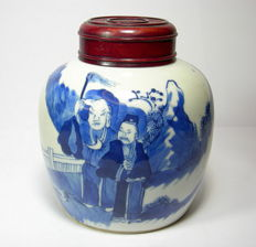 Porcelain ginger jar – China – Beginning of the 20th century