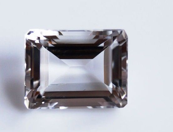Rock Crystal - 10.17 ct