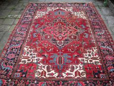 Semi-antique Heriz carpet from Iran - 320 x 230 - Approx. 1940