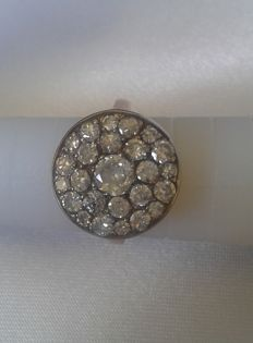 18 kt gold ring with diamonds of 1.70 ct - Ring size: 52.5