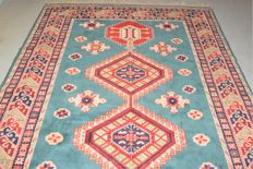 Magnificent oriental Kazak carpet – 2nd half 20th century – 290 x 190 cm – Top condition, new condition – With certificate of authenticity – No reserve price: starts at €1