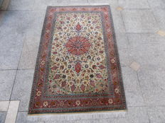A Persian Isfahan rug, wool, hand made, very densely knotted 160/100 cm